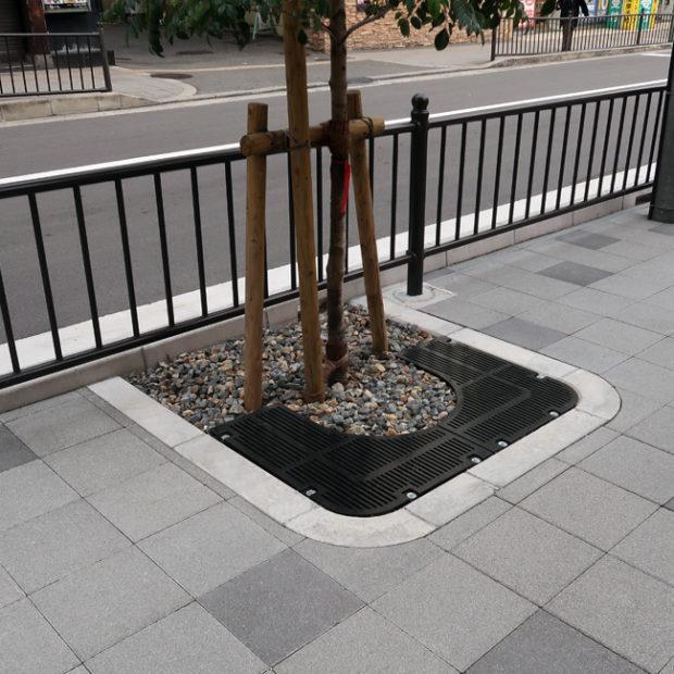 京阪枚方市駅前